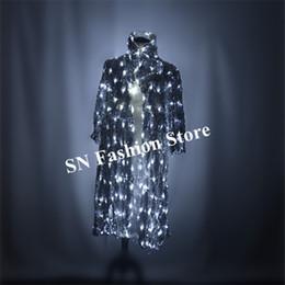 96cc44c1fc M15 dança de Salão levou luz manto luminosa luz vestido dj trajes trajes de  palco realizar show de jaqueta jaqueta roupas de festa de anfitrião mágico  levou