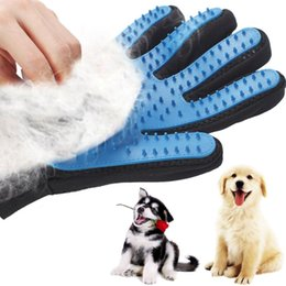 deshedding tool wholesale UK - Silicone Dog Glove Cat Grooming Glove Deshedding Efficient Pet Grooming Dog Bath Clean Massage Pet Glove Hair Remove Pet Dog Accessories