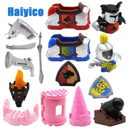 $enCountryForm.capitalKeyWord Australia - War Princess Castle Military Weapon Knight Cannon Large Particle Building Blocks Compatible With Duplo Diy Bricks Baby Toys Gift