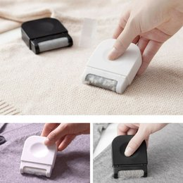 Wholesale clothes trimmings for sale - Group buy Laundry Cleaning Tools Mini Lint Remover Hair Ball Trimmer Manual Pellet Cut Machine Epilator Sweater Clothes Shaver CCA11631 A