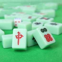 game tiles Canada - Mahjong 24MM emerald green no box Casual Games Mahjong With Dice Shaped Travel Portable Mahjong Tiles Entertainment Festive Party Supplies
