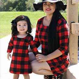 $enCountryForm.capitalKeyWord NZ - Mother and daughter matching outfit 2019 spring new kids red plaid dress children round collar half sleeve princess dress F3470