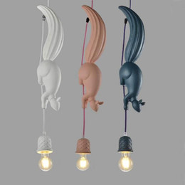 simple clothes office UK - Nordic restaurant animal pendant lights clothing store front bedroom children's room lamp simple personality creative squirrel pendant lamps
