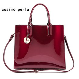 $enCountryForm.capitalKeyWord Canada - High quality fashion famous brand women casual tote bag travel Patent leather handbags Large Capacity F Letter charm Shouler bags for Ladies