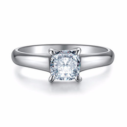 synthetic diamonds 925 silver UK - Simple 1CT Women Wedding Ring Princess Cut Synthetic Diamond Rings for Lady Engagement 925 Sterling Silver Jewelry 18K Platinum Plated Ring