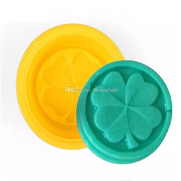 f10d289da93a 500pcs Four Leaf Clover Flower Cake Mold Silicone Handmade Soap Mold 3D Soap  Molds DIY Crafts Mold Baking Tools aa152-aa159 2017112925