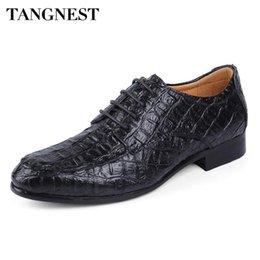 1477548b595 Tangnest Autumn Genuine Leather Dress Shoes Man Fashion Crocodile Pattern Oxfords  Man Business Wedge Shoes Size 38~50 XMP814  7813