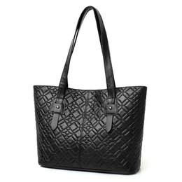 $enCountryForm.capitalKeyWord UK - Casual fashion shoulder bag for women's fashion embroidered thread diamond check handbag