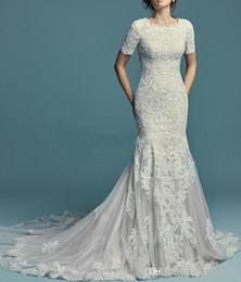 $enCountryForm.capitalKeyWord Australia - New Lace Appliques Mermaid Modest Wedding Dresses With Short Half Sleeves Jewel Neck Buttons Back LDS Wedding Gowns Sleeved Custom Made
