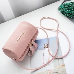 Skull Shaped Glitter UK - Fashion shoulder bag for women messenger bags ladies zipper PU leather handbag purse with tassels female Casual crossbody bag