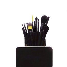 $enCountryForm.capitalKeyWord UK - Super hot 2019 MP metal case professional makeup brushes set 12 piece Powder Foundation Eye Shadow Cosmetics Brush kit