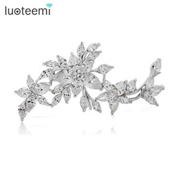 $enCountryForm.capitalKeyWord Australia - Luoteemi Fashion Shawl Accessories Luxury Clear Cz Stones Wedding Flower Brooch For Womwen Bridal Brooch Bouquet Jewelry SH190721