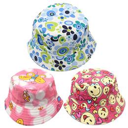 baf8a07a93d91 Fashion Baby Bucket Hat Cute Flower Print Kids Sun Hat Creative Child  Canvas Outdoor Beach Cap Causal Kids Fruit Cap TTA835