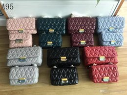 $enCountryForm.capitalKeyWord Australia - Classic leather seven colors optional hot 2019 new V-shaped ladies shoulder bag handbag messenger
