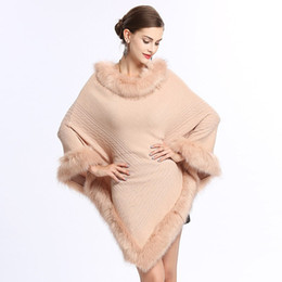 ff591de6c61 Women Faux Fur Batwing Sleeve Ponchos And Capes Round-Neck Knit Sweater  Pullovers Faux Fur Coat Wedding