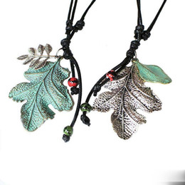 unique halloween gifts NZ - Pretty Leaf Necklace Fashion Leaves Pendants Necklaces Beautifully Long Sweater Boho Unique Statement Jewelry Gift Leather Necklace