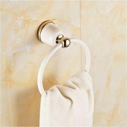 Modernes Badezimmerhandtuchhalter Europa-Stil Weißes Backen Malerei Überzogene Gold Kupfer Handtuch Ringe Badezimmer Zubehör im Angebot