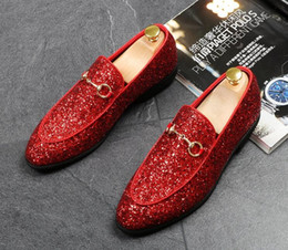 $enCountryForm.capitalKeyWord Australia - Hot Sale-Fashion Men glitter sequins metal buckle pointed shoes Man's gold Formal Shoes For Homecoming Wedding Business Christmas gift