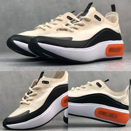 Discount black white floors - HOT DIA SE QS Running Shoes for Mens trainers WMNS luxury Casual Shoes women yellow white black fashion Sneakers unisex