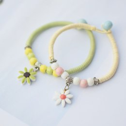 Promotional Charms Australia - Girlfriend Gift Bracelet Fresh Summer Jewelry Daisy Bracelet for women Holiday gift Promotional gifts Business supply wholesale