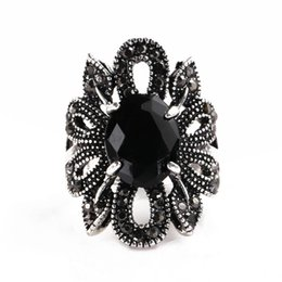 Hollow Fingers Australia - Women's Vintage Hollow Flower Pattern Ring Plated Alloy Resin Finger Jewelry Gift new