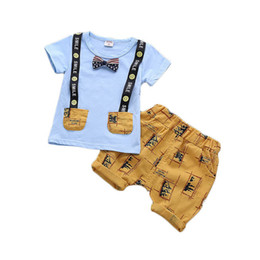 f0cbc4a3aac00 New 2019 smiling Boys Suits Summer casual Boys Clothing Sets cute bow tie  Baby Suit T shirt+shorts Infant Outfits baby boy clothes A4977