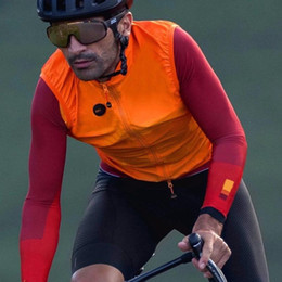 orange cycling vest UK - 2020 Orange autumn top quality PRO team lightweight windproof cycling gilet men or women cycling windbreak vest wind vest