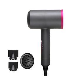 Secador de pelo iónico profesional con difusor de temperatura constante que no le duele el secador de pelo del martillo 110-240V negativo Secardedores de cabello iónico cuidado en venta