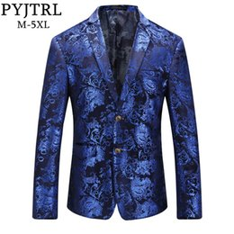 $enCountryForm.capitalKeyWord Australia - PYJTRL Brand Autumn Winter Luxury Gold Red Blue Stylish Floral Pattern Velvet Blazer Mens Casual Suit Jacket DJ Signers Outfit