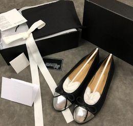 $enCountryForm.capitalKeyWord NZ - hot sell Italian brand women Running Shoes Black Red White High-top Genuine Leather Men's Flats Luxury mx1801201