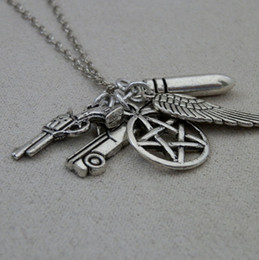 $enCountryForm.capitalKeyWord NZ - Gothic Witchcraft Pentagram Necklace Wing Police Gun Pistol Bullet Collars Cyberpunk Vintage Silver Necklaces Pendants Fashion Women Jewelry
