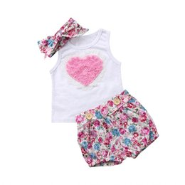 Floral Baby Suit Australia - Infant Baby Clothing Sets Big Love Sleeveless White Tops Floral Print Shorts Headband 3pcs Bebe Girls Clothes Suits Q190521