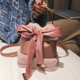 Plush Bag Lady Australia - Women's Designer Handbag 2019 New Quality Pu Leather Ladies Portable Bucket Bag Soft Plush Tote Bag Bow Shoulder Messenger Bags