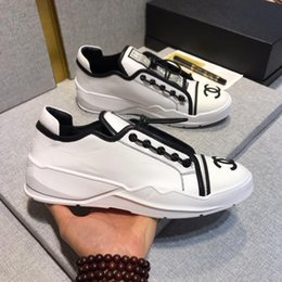 Fashionable Flat Shoes Laces NZ - Summer new style fashionable trend white fashionable leather lace-up shoes flat bottom small white shoes low-top shoes original case package
