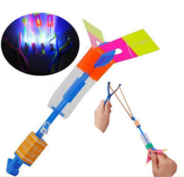 Slingshot Helicopter Toy UK - Slingshot LED Copter Lighting up Toy Led Arrow Helicopter Flying Rocket Helicopter Flying Toy Fun Gift