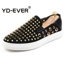 Gold Casual Shoes Men Australia - Big Hole Breathable Slip On Men Loafers Gold Sliver Rhinestones Spikes Men Shoes Rivets Casual Flats 29D50
