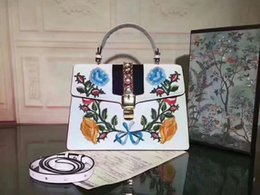 $enCountryForm.capitalKeyWord Australia - New designer luxury handbags white genuine leather with flowers embroidery Satchel bag ladies brand shoulder bags 31.5x22x11cm free shipping