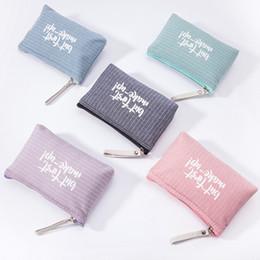 Printed Cosmetic Bags Australia - Letter Printing Cosmetic Bag Women Toiletry Bag Portable Zipper Makeup Travel Ladies Pouch Travel Organizer Kosmetyczka