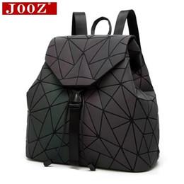 $enCountryForm.capitalKeyWord Australia - Jooz Brand Designer Women Backpack Geometric Luminous School Backpack For For Teenage Girls Backbag Holographic Back Pack Y19061102