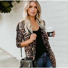 $enCountryForm.capitalKeyWord Australia - Hot sale leopard printed v-neck long sleeve coat autumn spring button leopard outerwear 5color fashion female coat