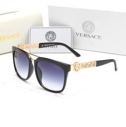Venta al por mayor de 2097 Gafas de sol para hombre Diseño de marca Moda Gafas de sol Wrap Sunglass Pilot Frame Recubrimiento Espejo Lente Fibra de carbono Piernas Estilo Verano