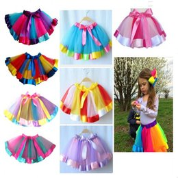 Infantil Meninas verão vestido Tutu cores do arco-íris com fita de seda Vestidos bowknot saia de aniversário da princesa vestidos de festa desempenho do desgaste em Promoção