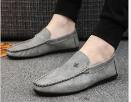 $enCountryForm.capitalKeyWord NZ - Spring 2019 Men's Bean Shoes Soft Upper Leather Young Lazy Shoes Korean Bean Shoes Men