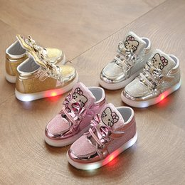 Discount glitter shoes baby girl - 2019 European fashion cute baby casual shoes LED lighted girls boys sneakers glitter boots Patch high quality baby shoes