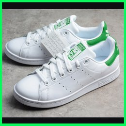 women casual shoes online NZ - Cheap Fashion stan smith designer shoes women men superstar skateboard sneakers girls casual genuine leather best quality sale online