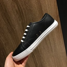 $enCountryForm.capitalKeyWord Australia - In 2019, the new casual shoes, simple and fashionable style, low-key luxury, anti-skid soles, top designers. Color: black, size: 38-44