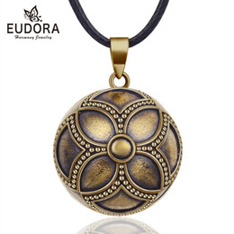 $enCountryForm.capitalKeyWord Australia - wholesale 20mm Copper Celtics Flower Mexican Harmony Bola Ball Pendant Necklace for Pregnancy Baby Vintage fine Jewelry N14NB328