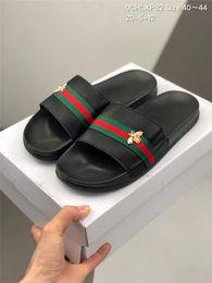 Wholesale Paris Sliders Mens Womens Summer Sandals Beach Slippers Ladies Flip Flops Loafers Black White Blue Slides Chaussures Shoes