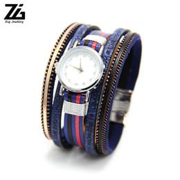 6213d0925968 Reloj de pulsera de cuero multicapa ZG para mujer y hombre en 6 colores con  cierre de imán de cristal de estilo bohemio