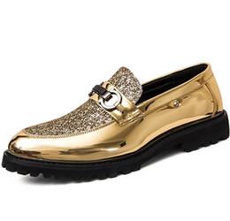 $enCountryForm.capitalKeyWord Australia - High quality cheap brand dress shoes, sequins casual shoes, thick bottom rivet casual shoes, brand designer Italian mens shoes G5.56